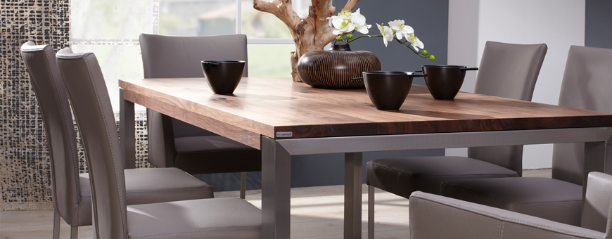 Keuken tafel en stoelen van woonmerk Bert Plantagie