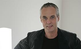 Portretfoto van Hans Daalder