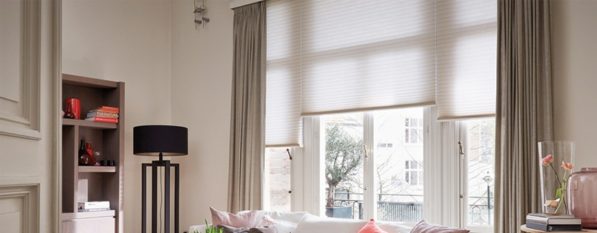 Gordijnen en shades van woonmerk Luxaflex